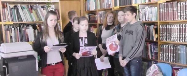 Vaikai nuoširdumu nustebino susirinkusius Jonavos viešojoje bibliotekoje. Saugus eismas bendruomenėse 2015 tęsiasi.